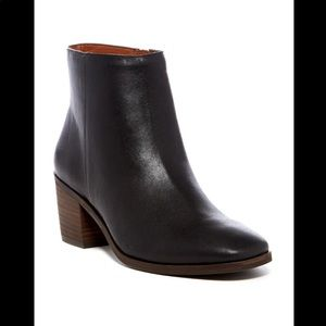 Lucky Brand Mazzee Leather Ankle Black Boot Bootie